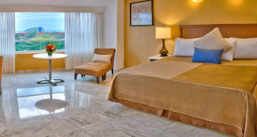 Rooms Las-Brisas-Huatulco-Junior-Suite_xl